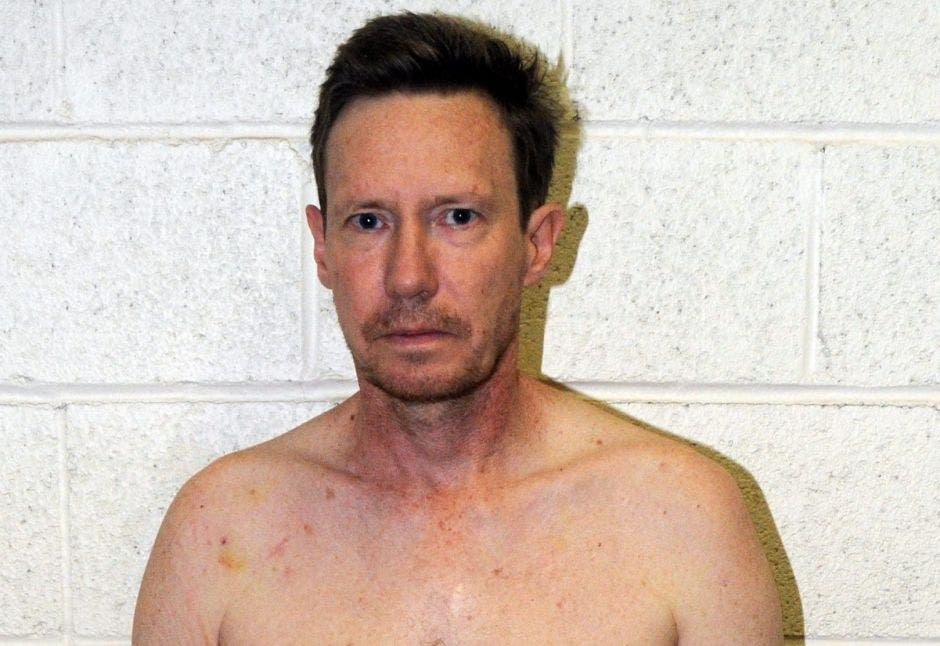Así fue el operativo policial para capturar al millonario que mató a su esposa y huyó a México