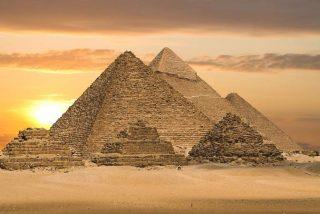 ¿Las Pirámides de Egipto fueron creadas con tecnología extraterrestre?