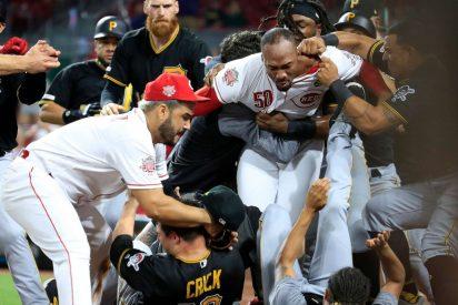 Vídeo: La batalla campal entre los Reds y los Pirates en pleno juego de béisbol