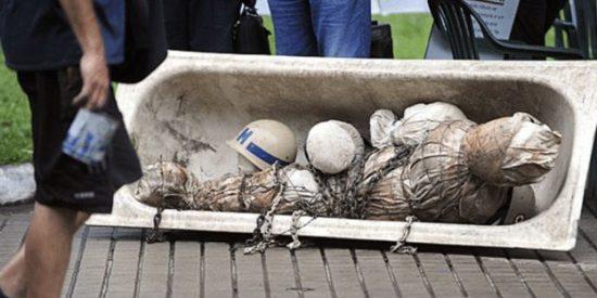 'La casa del horror de Stroessner': La finca en Paraguay con cráneos y cuerpos torturados enterrados