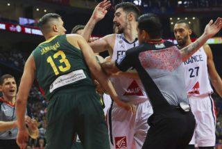 Tres árbitos expulsados del Mundial de Baloncesto: Un español, un venezolano y un argentino