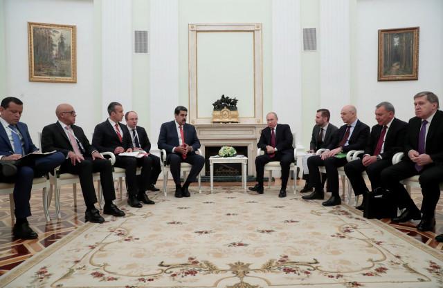 ¿Premonición? El detalle en la reunión de Maduro y Putin que algunos vinculan con la caída de la dictadura venezolana