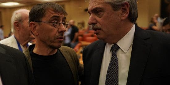 """Monedero compara a Macri con Nerón y le dan con todo: """"Imagino que estás buscando financiamiento para la cloaca de Podemos"""""""