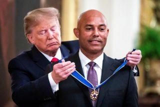 El deportista panameño que logró recibir la máxima condecoración de EEUU de manos de Trump