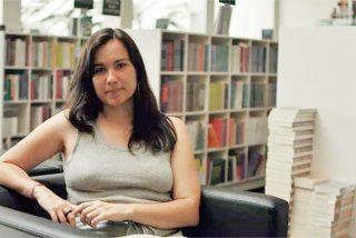 """Arantxa Tirado ['La Pablo Iglesias del chavismo catalán'] entra al trapo en Twitter por el ataque contra su libro de Venezuela: """"¿Cuánto cobraste por el panfleto?"""""""