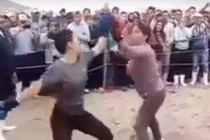 Las venezolanas y peruanas resuelven diferencias... a golpes: El improvisado ring de boxeo para las 'peleas de gatas latinas'