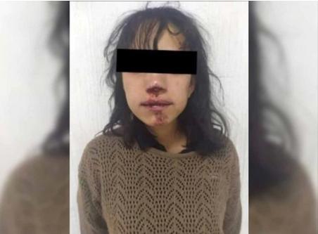 Desalmada intenta robar el bebé de una indígena que vende dulces en el Metro de México