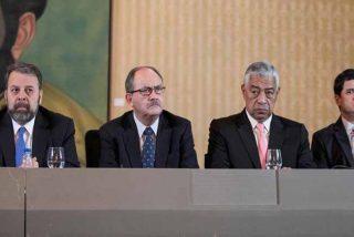 """Ni la iglesia cree a los """"judas"""" que intentaron engañar a los venezolanos dialogando con Nicolás Maduro"""