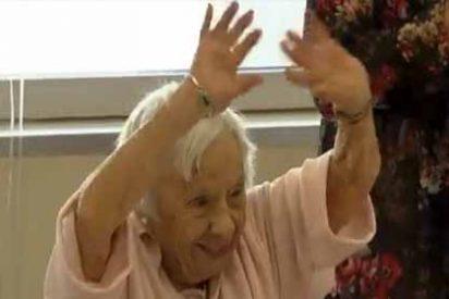 Llega a los 107 años y se burla de la sociedad desvelando su secreto de longevidad:
