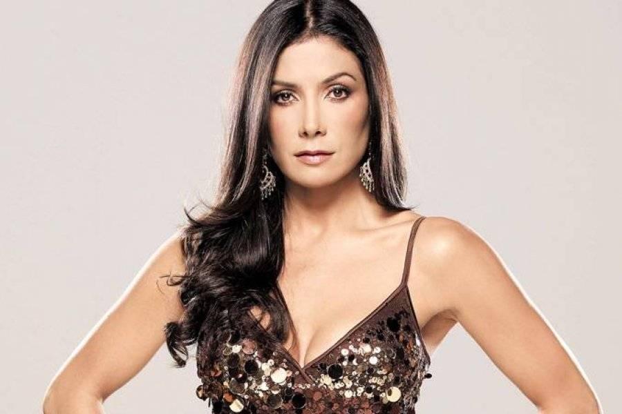 Como una 'gatita juguetona': Patricia Manterola arde con su bikini de leopardo