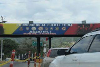 Soldados venezolanos toman café y oyen vallenato con el jefe del ELN que mató a tres sargentos de la Guardia Nacional