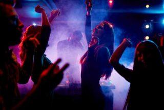 Cómo se paga una noche de fiesta en Caracas, una de las ciudades más peligrosas del mundo