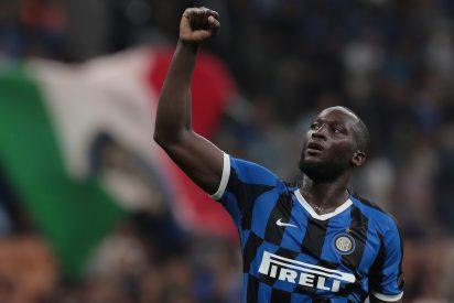 El duro comentario racista contra el futbolista Lukaku que le costó su trabajo a un periodista italiano
