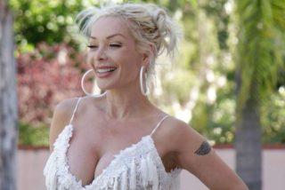Fotos: Ésta cantante de 53 años tiene un escote mejor que el de una veinteañera