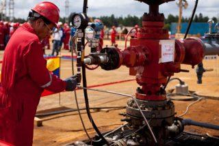 La primera traición de China a Maduro: La petrolera CNPC acata el embargo de EEUU y suspende su producción en Venezuela