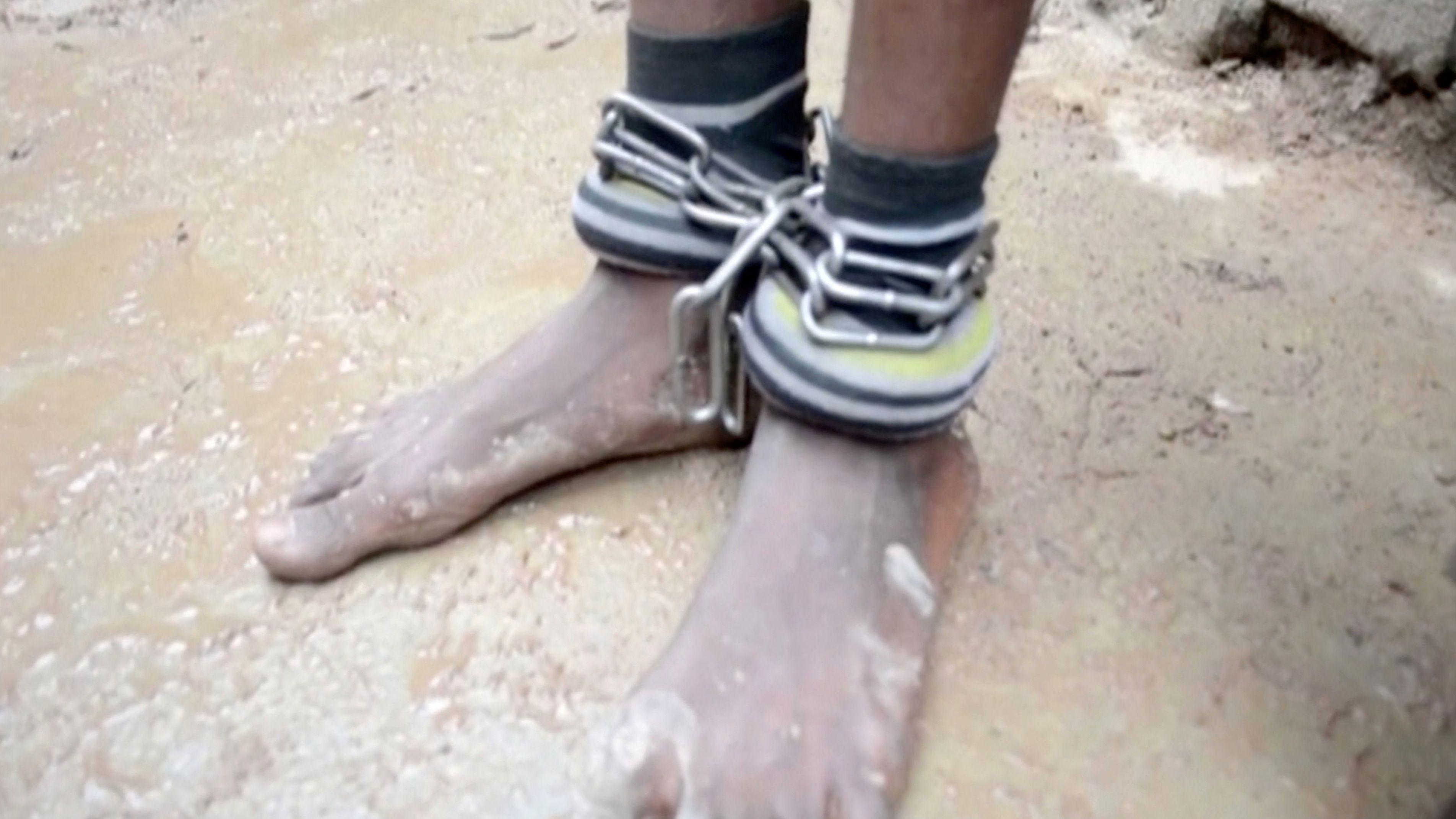 Violaciones sistemáticas, hambre y cadenas: La pesadilla de cientos de niños en una escuela islámica