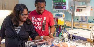 ¿Una perturbante reencarnación?: Un bebé nace el 11 de septiembre a las 9:11 horas y con un peso de 9 libras y 11 onzas