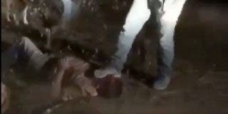 Vídeo: Sicarios mexicanos golpean, torturan y matan a 53 personas