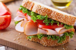 'En la comida, no todo es lo que parece': Cómo identificar los alimentos que parecen saludables pero no lo son