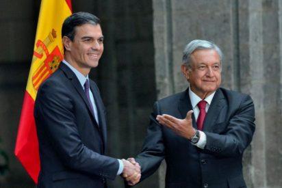 Cortados por el mismo patrón: AMLO sigue los pasos de Pedro Sánchez y publicará un libro para presumir de presidencia