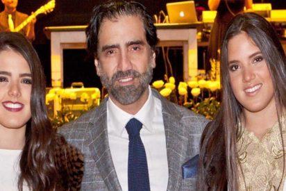 América y Camila Fernández (las hijas gemelas de Alejandro) ya están creciditas y posan en bikini