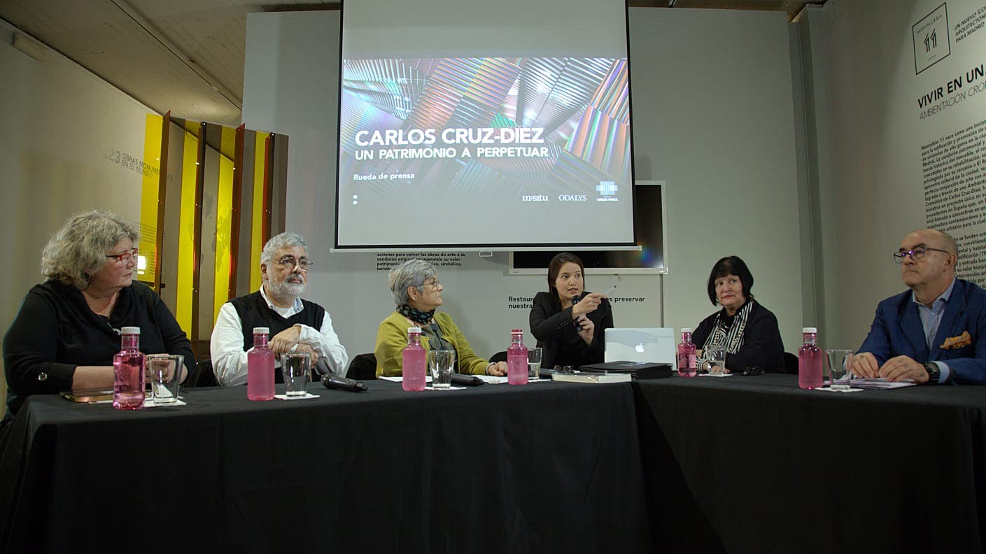 Carlos Cruz-Diez: Infinito