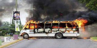 """21 heridos y un número indeterminado de muertos: La violencia narco tras la captura y liberación del hijo de """"El Chapo"""" Guzmán en Sinaloa"""