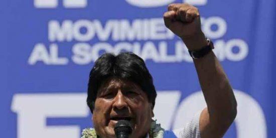 Evo Morales consuma el fraude en Bolivia: el Tribunal Electoral lo declaró ganador pero la OEA y la UE le exigen ir a segunda vuelta
