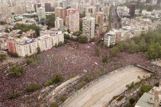 Protestas en Chile: la histórica marcha de más de un millón de personas que inundó las calles de Santiago