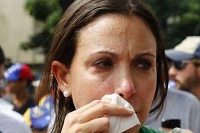 Colectivos de Nicolás Maduro agredieron a María Corina Machado y a periodistas venezolanos