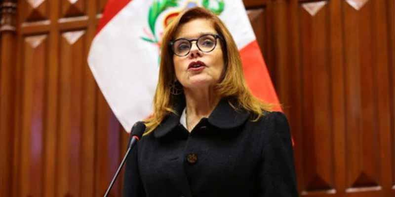 El congreso peruano responde a Vizcarra y Mercedes Araoz ya es presidenta en funciones