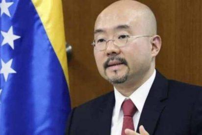 Mientras Sánchez sigue de amiguito de Isea, Japón congeló las cuentas bancarias de diplomáticos chavistas en Tokio