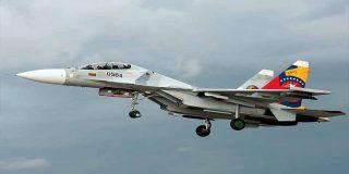 Revolución chavista: Mueren dos militares venezolanos al estrellarse en un avión de fabricación rusa