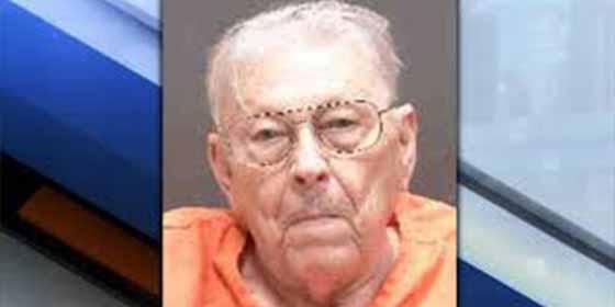 Un abuelo de 94 años asesinó a tiros a su esposa de 80 y su argumento asombra a todos