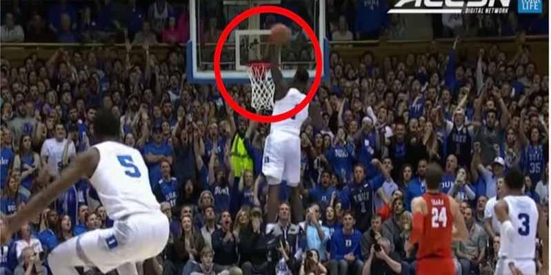 La espectacular tornillo de Zion Williamson, el nuevo astro de la NBA en su segundo partido