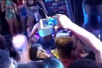 Vídeo: Un celópata lanza una patada 'a lo 300' a la cara a su novia por hacer un twerking a otros hombres
