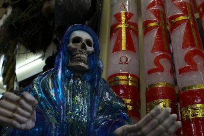 Fotos: Éste es el macabro altar satánico que usan los narcos en México