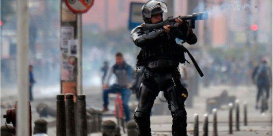 Anarquía comunista en Colombia obliga a decretar el toque de queda en zonas de Bogotá tras