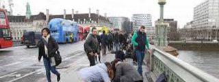 [Vídeo] El hombre que le quita el cuchillo al terrorista tiroteado en Londres podría ser español: