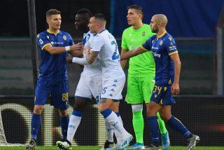Vídeo: La nueva llorantina del ofendido Mario Balotelli: Afirma que oyó frases racistas, pero un entrenador lo niega todo