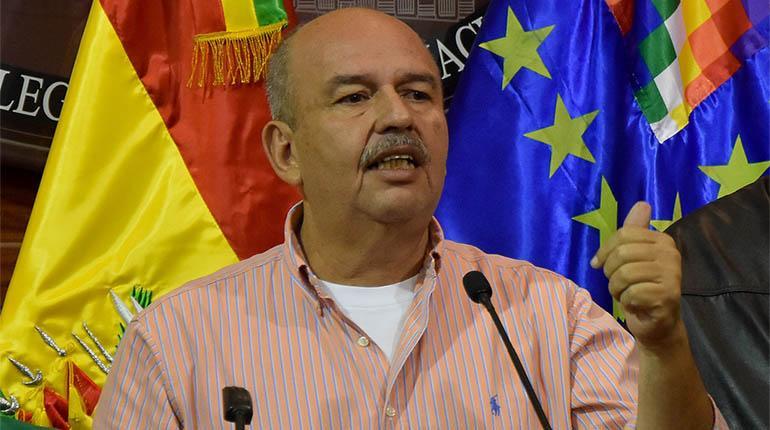 """Impunidad cero: El nuevo Gobierno de Bolivia irá """"a la cacería"""" de un exfuncionario de Evo Morales por ser """"un animal que está matando gente"""""""