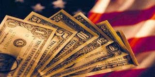 1 de cada 5 estadounidenses está ahorrando dinero 'debajo del colchón' y esta es la razón