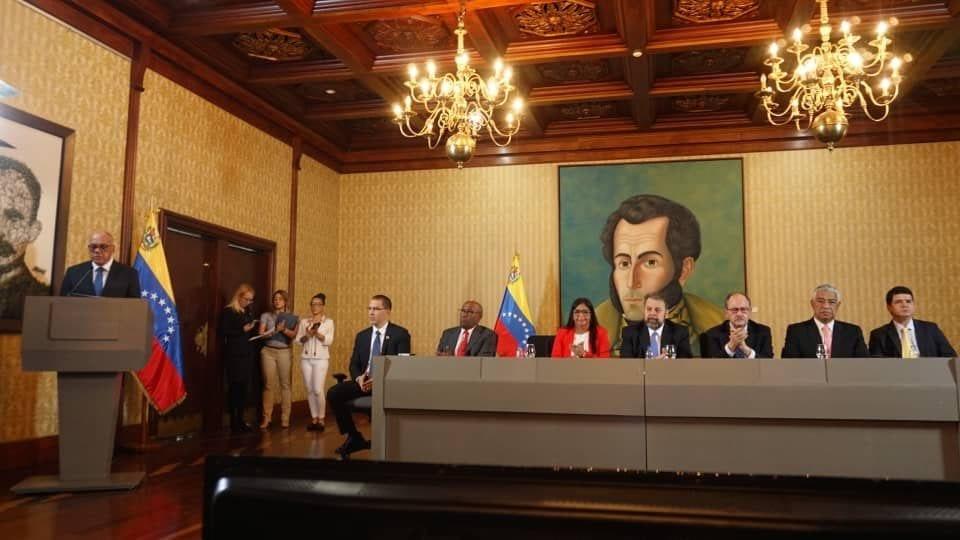 """Vídeo: Venezolanos en el exilio solicitarán a EEUU sanciones contra la falsa """"oposición"""" creada por Nicolás Maduro"""