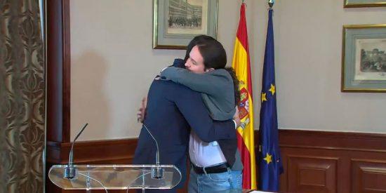 """""""Dos radicales sin escrúpulos para una senda chavista a la traición a España y a la miseria... Están y estaban todos avisados"""""""