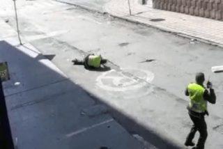 Vídeo: Así apedrean y dejan malherido los 'pacíficos' manifestantes de Colombia a un policía