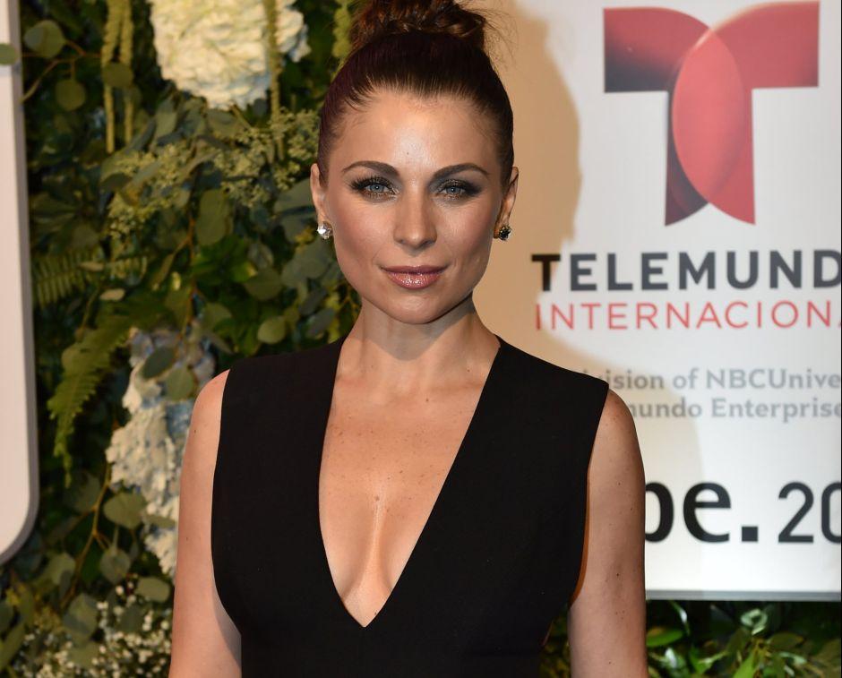 La hermosa actriz Ludwika Paleta festeja su cumpleaños con un infartante bikini