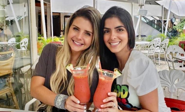 Cuerpazos: Las hermanas Schwarzgruber presumen curvas de sirena en la playa