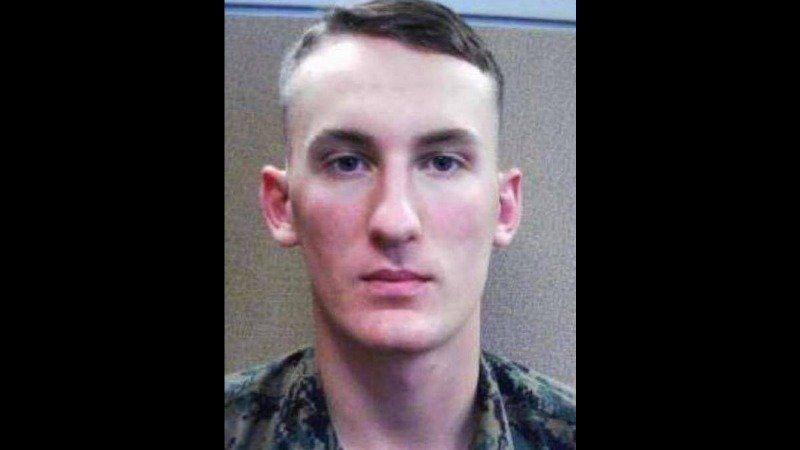 EEUU busca al soldado que desertó del Ejército y asesinó al novio de su madre