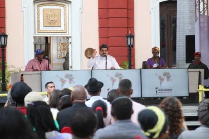 Al dictador Maduro 'se le va la olla' y ordena al Alto Mando militar de Bolivia restituir a Evo Morales