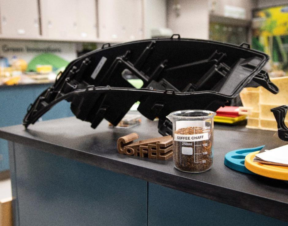 Alianza 'verde': Ford y McDonalds convertirán los desperdicio del café en autopartes